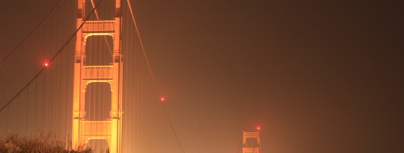 Golden Gate Bridge di notte a San Francisco