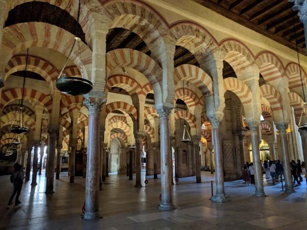 Interno Mezquita di Cordoba