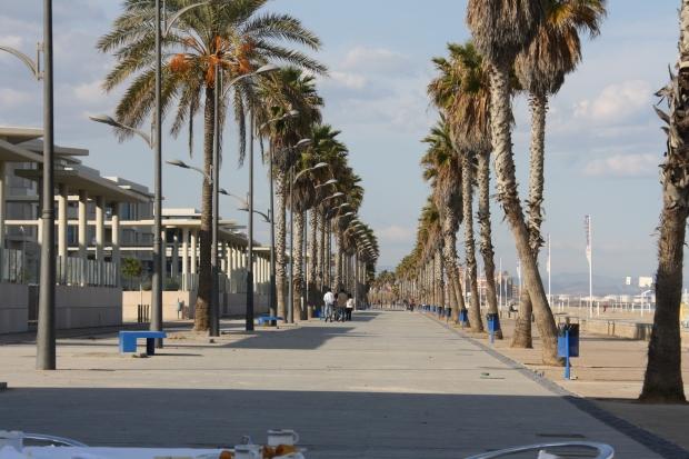 Il lungomare sulla spiaggia de La Patacona Valencia