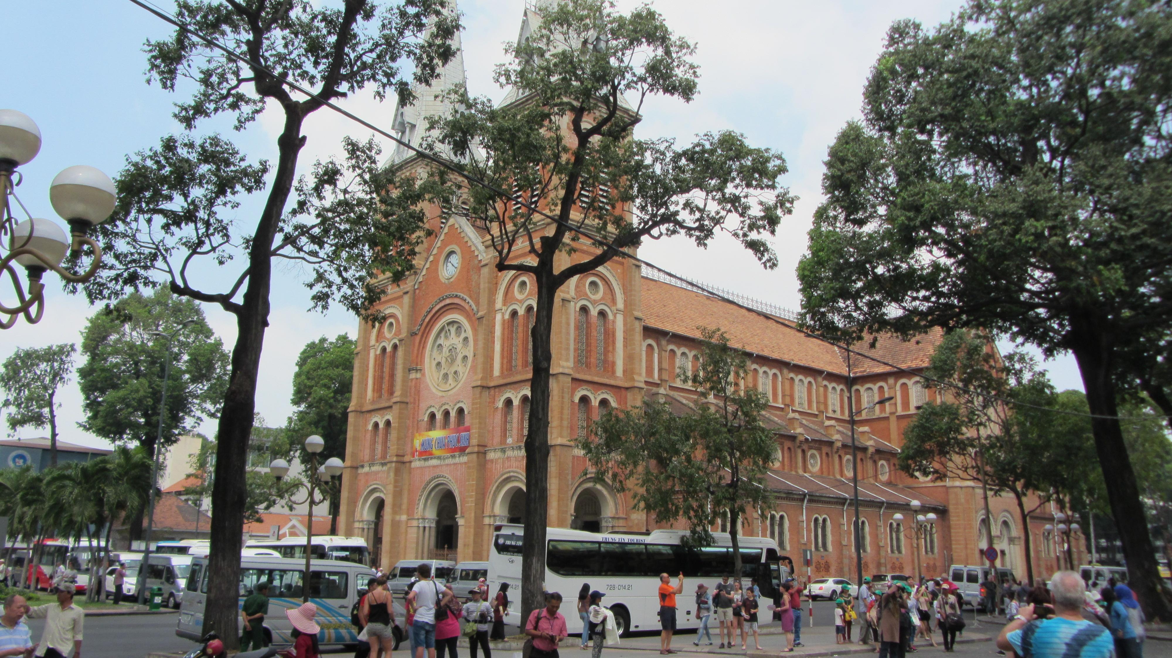 Basilica di Notre-Dame di Saigon