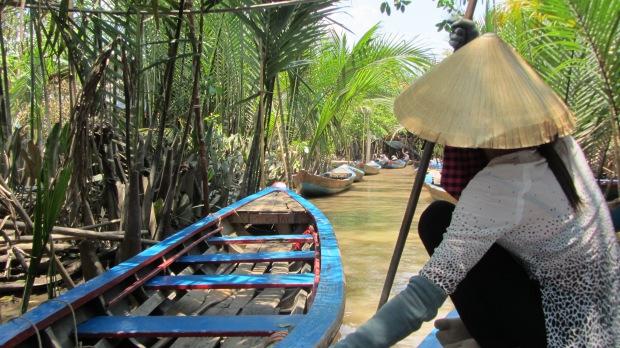 Un'imbarcazione tipica in un'isola del Mekong Delta