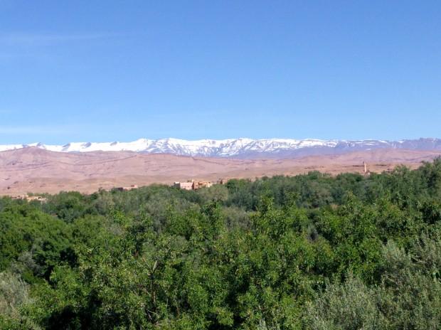 Monti innevati entroterra Marocco