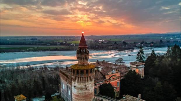 Castello di Rivalta drone